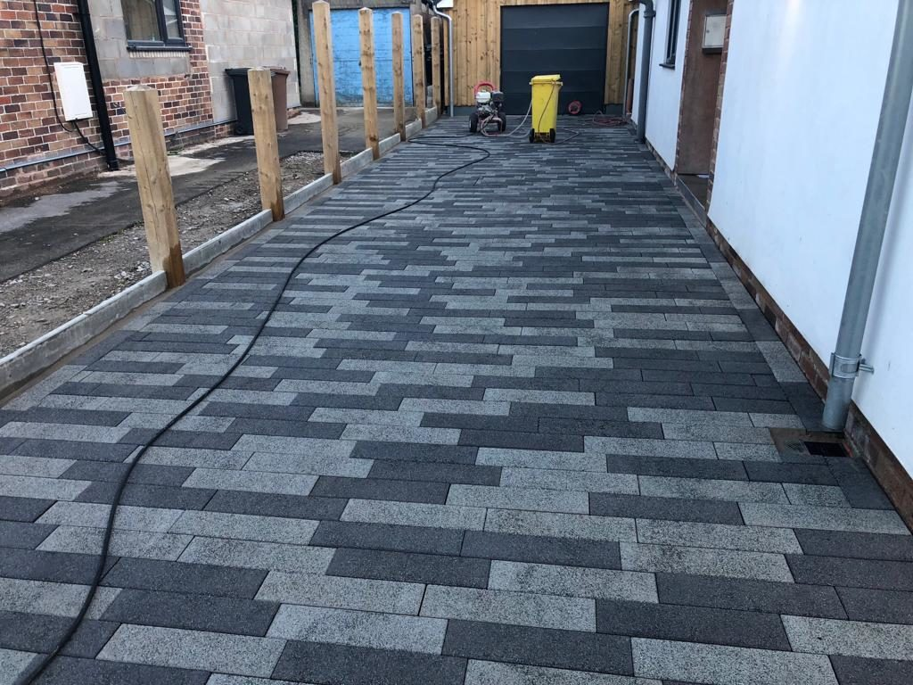 Tegula Paved Driveway Laid By BM Paving in Leighton Buzzard