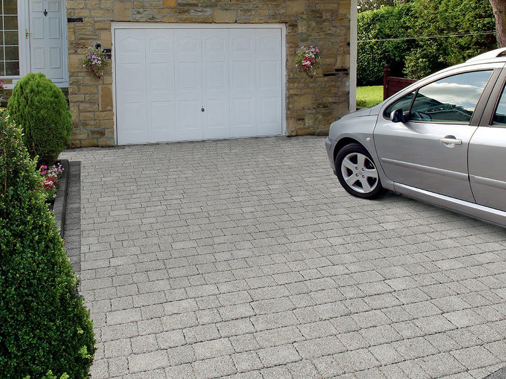 Permeable Paved Driveway Laid By BM Paving in Leighton Buzzard